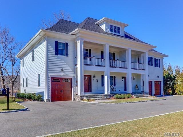 29 Little Neck Rd, Centerport, NY 11721 (MLS #3008238) :: Netter Real Estate