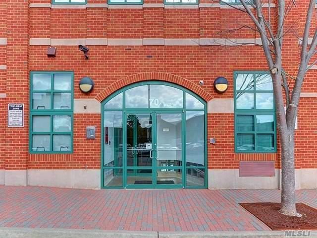70 S Main St 3H, Freeport, NY 11520 (MLS #3010792) :: Netter Real Estate