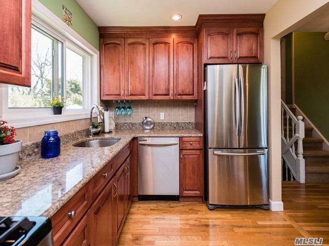 68 Caffrey Ave, Bethpage, NY 11714 (MLS #3023487) :: Netter Real Estate