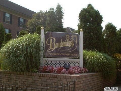 207-09 Estates Dr, Bayside, NY 11360 (MLS #3031926) :: The Lenard Team
