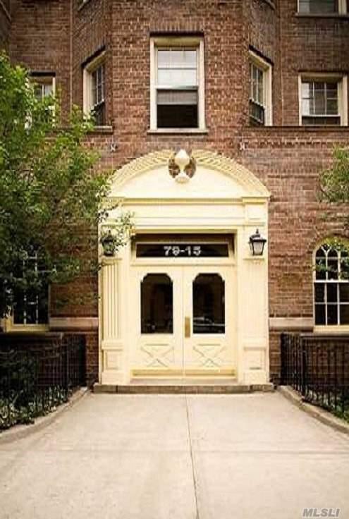 79-15 35 Ave 6G, Jackson Heights, NY 11372 (MLS #3034115) :: The Lenard Team