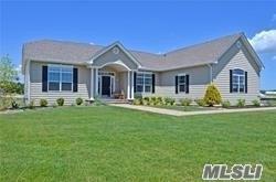 24 Stargazer Dr, Eastport, NY 11941 (MLS #3038225) :: Netter Real Estate