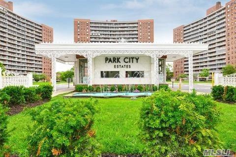 61-35 98th St 9L, Rego Park, NY 11374 (MLS #3038808) :: Netter Real Estate