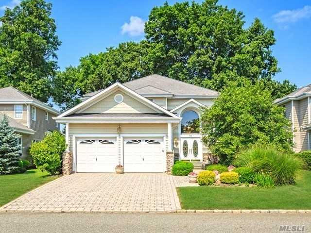 76 Redan Dr, Smithtown, NY 11787 (MLS #3046870) :: Netter Real Estate