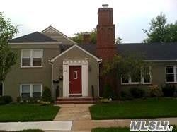 545 E Olive St, Long Beach, NY 11561 (MLS #3064560) :: Netter Real Estate