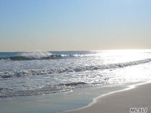 650 Shore Rd 4M, Long Beach, NY 11561 (MLS #3080720) :: Netter Real Estate