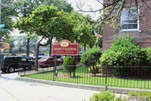 141-42 79th Ave 2F, Flushing, NY 11367 (MLS #3080975) :: Netter Real Estate