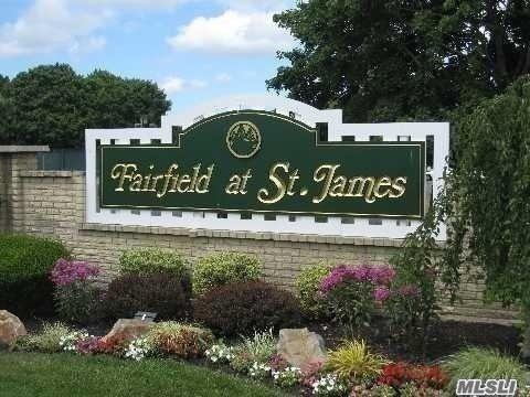 504 Bentley Ct, St. James, NY 11780 (MLS #3090194) :: The Lenard Team