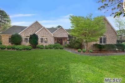 145 Malloy Drive, E. Quogue, NY 11942 (MLS #3098673) :: Signature Premier Properties