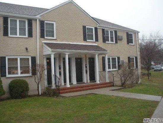 67-50 223 Pl A, Bayside, NY 11364 (MLS #3115913) :: Shares of New York