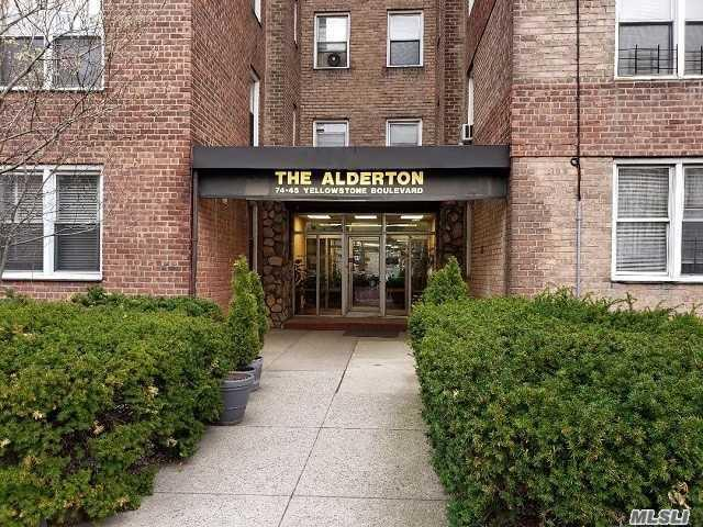 74-45 Yellowstone Blvd 4D, Forest Hills, NY 11375 (MLS #3117238) :: Shares of New York