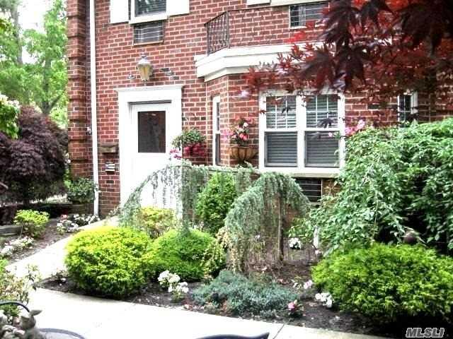 10 Glen Hollow Dr C66, Holtsville, NY 11742 (MLS #3134527) :: Shares of New York