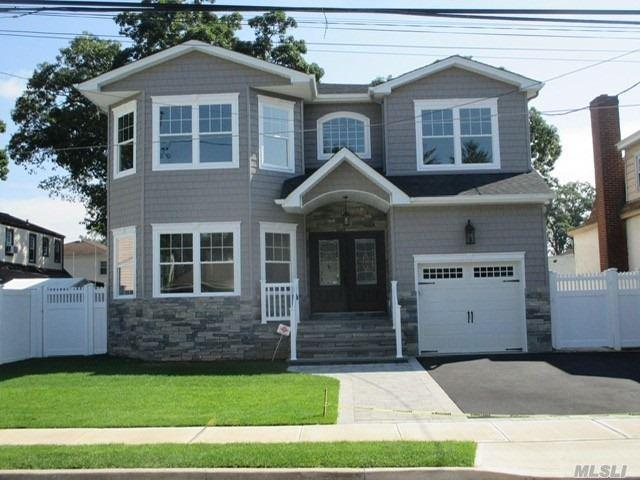2013 Cameron Ave, Merrick, NY 11566 (MLS #3146791) :: Signature Premier Properties