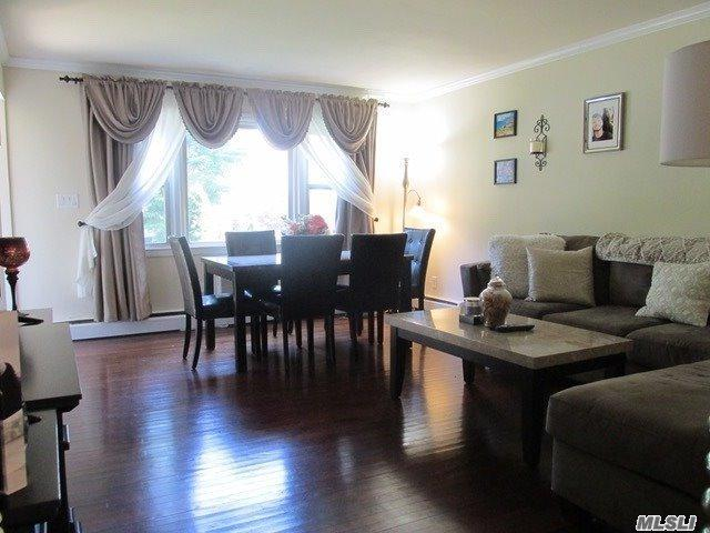 127 Cardinal Ln, Islip, NY 11751 (MLS #3149991) :: Netter Real Estate