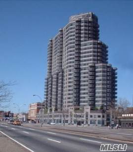 112-01 Queens Blvd 7-C, Forest Hills, NY 11375 (MLS #3169899) :: Keller Williams Points North