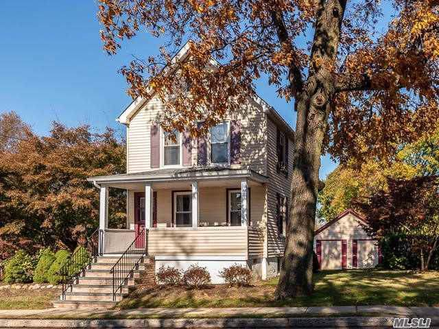 412 Forest Ave, Locust Valley, NY 11560 (MLS #3178912) :: Signature Premier Properties