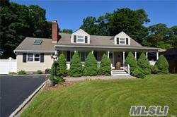 264 6th Ave, St. James, NY 11780 (MLS #3184005) :: Signature Premier Properties