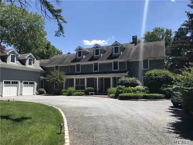 32 W Sanders St, Greenlawn, NY 11740 (MLS #2947923) :: Signature Premier Properties