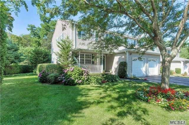 13 Springwood Ln, Huntington, NY 11743 (MLS #2963275) :: Netter Real Estate
