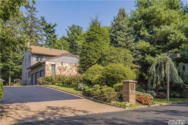 36 Aldgate Dr, Manhasset, NY 11030 (MLS #2968567) :: Netter Real Estate