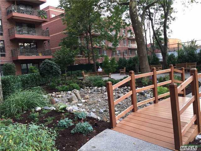 87-10 51 Ave 5T, Elmhurst, NY 11373 (MLS #2970543) :: Netter Real Estate