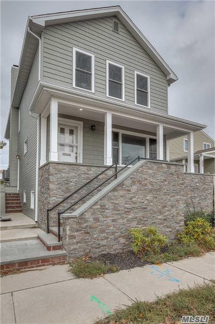 535 E Walnut St, Long Beach, NY 11561 (MLS #2977444) :: Netter Real Estate