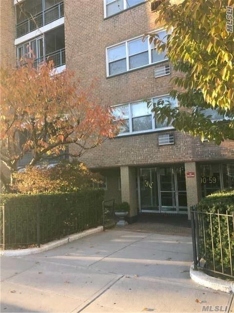 90-59 56th Ave 5E, Elmhurst, NY 11373 (MLS #2986314) :: Netter Real Estate