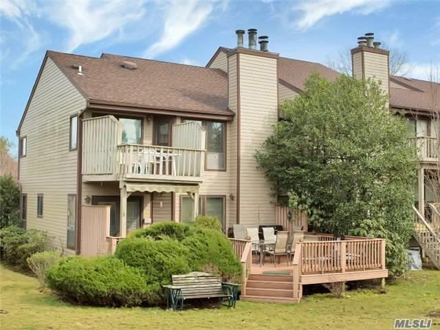 52 The Glen, Glen Head, NY 11545 (MLS #2994596) :: Netter Real Estate
