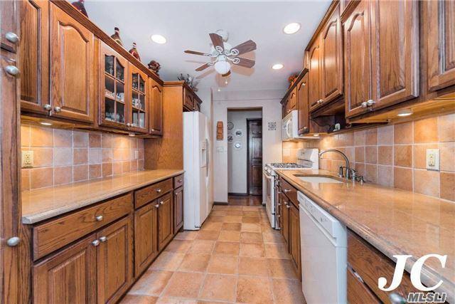 410 E Broadway 5W, Long Beach, NY 11561 (MLS #2995267) :: Netter Real Estate