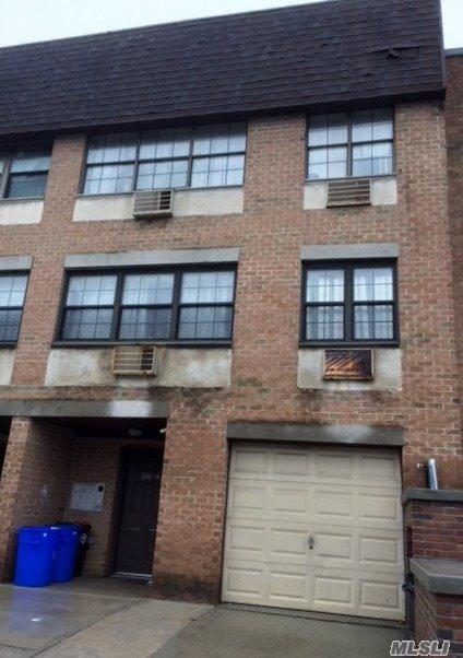240-12 70th Ave, Douglaston, NY 11362 (MLS #3002371) :: Netter Real Estate