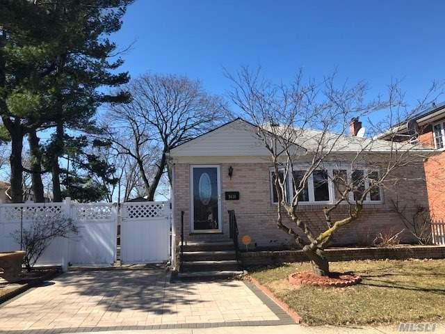 56-30 229th St, Bayside, NY 11364 (MLS #3012226) :: Shares of New York