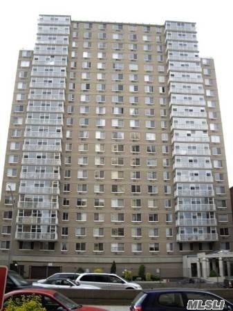 118-17 Union Tpke 12 F, Forest Hills, NY 11375 (MLS #3052035) :: Netter Real Estate