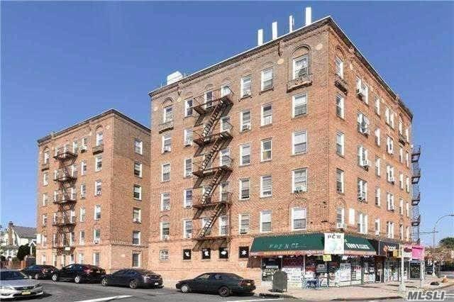 35-91 161 St 3I, Flushing, NY 11358 (MLS #3053067) :: Netter Real Estate