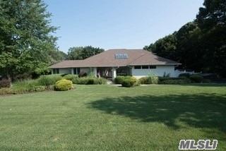 5 Sean Ln, Mt. Sinai, NY 11766 (MLS #3056135) :: Netter Real Estate