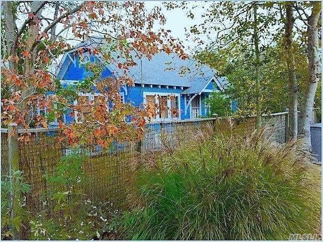 22 Crescent, Seaview, NY 11770 (MLS #3093489) :: Netter Real Estate