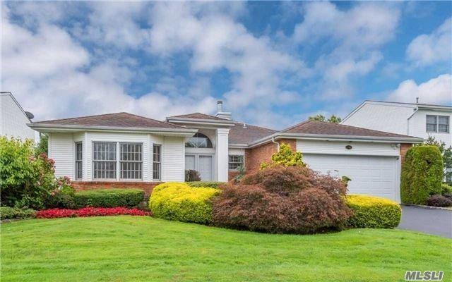 105 Fairway View Dr, Commack, NY 11725 (MLS #3120809) :: Signature Premier Properties