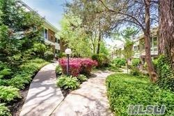 200 Lexington Ave 5D, Oyster Bay, NY 11771 (MLS #3134881) :: Shares of New York