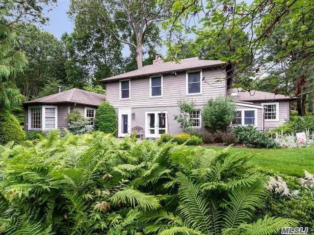 28 Mowbray Ln, Cold Spring Hrbr, NY 11724 (MLS #3168648) :: Signature Premier Properties