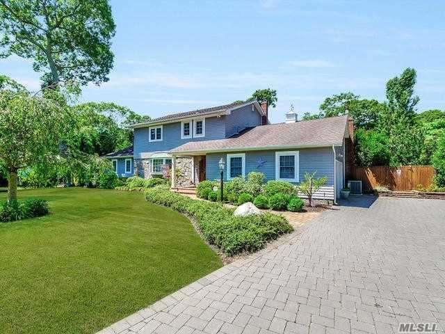 4 Hewitt Blvd, Center Moriches, NY 11934 (MLS #2992457) :: Netter Real Estate