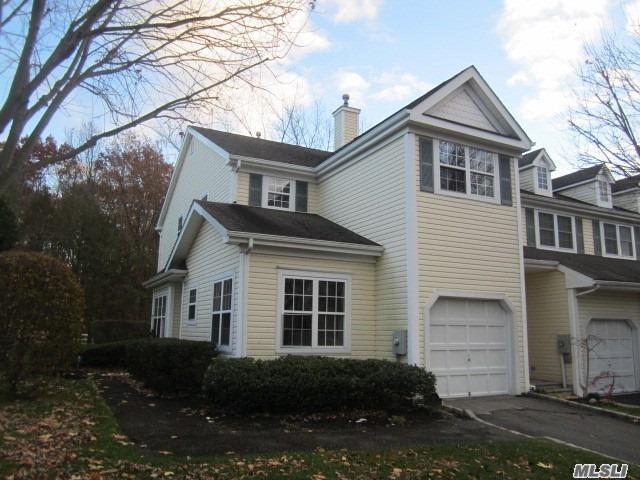 16 Chelsea Dr #16, Smithtown, NY 11787 (MLS #3080361) :: Netter Real Estate