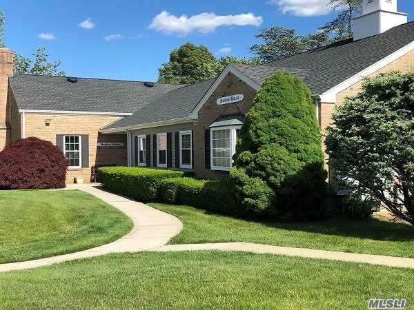 61 Harbor, Amityville, NY 11701 (MLS #3112185) :: Signature Premier Properties