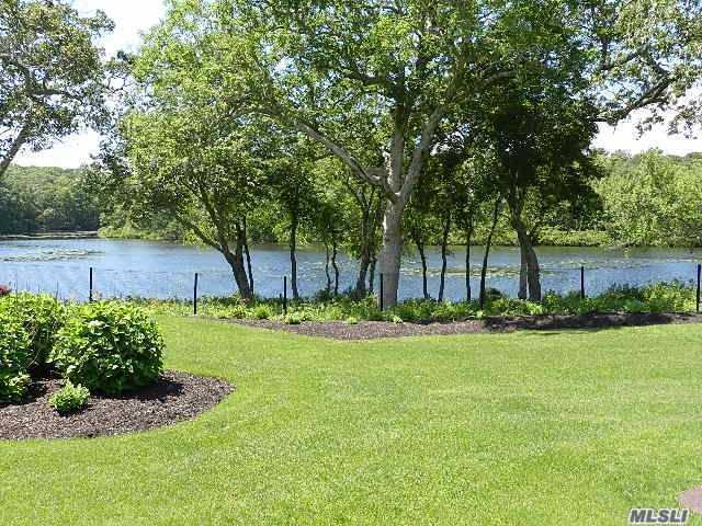 8 Beaver Lake Ct #8, Westhampton, NY 11977 (MLS #2948651) :: Netter Real Estate