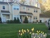 18 Chase Commons, Yaphank, NY 11980 (MLS #3069166) :: Netter Real Estate