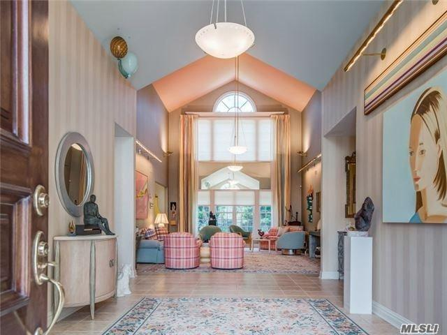14 Stone Hill North Dr, Manhasset, NY 11030 (MLS #2949996) :: Netter Real Estate
