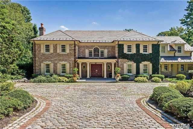 37 Wellington Rd, Matinecock, NY 11560 (MLS #2965591) :: Netter Real Estate