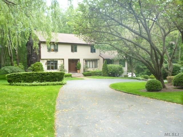 33 Brookfield Rd, Fort Salonga, NY 11768 (MLS #3111544) :: Signature Premier Properties