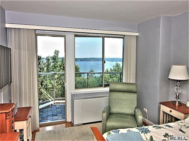 18-15 215th St 6E, Bayside, NY 11360 (MLS #3146151) :: Shares of New York
