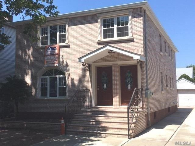 130-26 128th St, S. Ozone Park, NY 11420 (MLS #3032345) :: Netter Real Estate