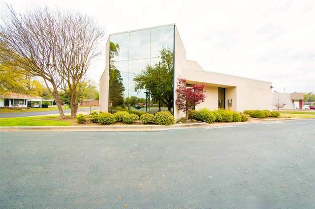 901 N Eastman Rd, Longview, TX 75601 (MLS #20201276) :: RE/MAX Professionals - The Burks Team