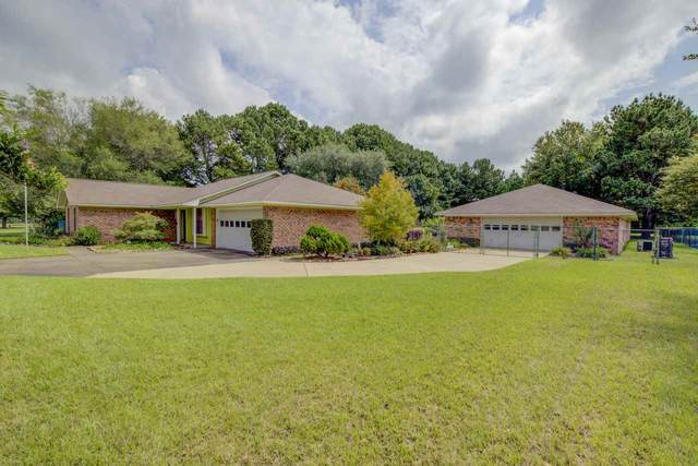 8 Country Ln., Texarkana, TX 75501 (MLS #20211231) :: Better Homes and Gardens Real Estate Infinity